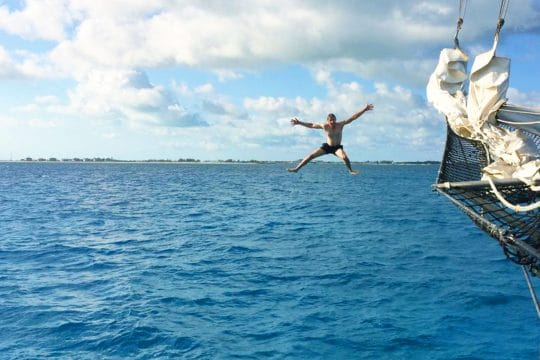 Blue Clipper guest diving in