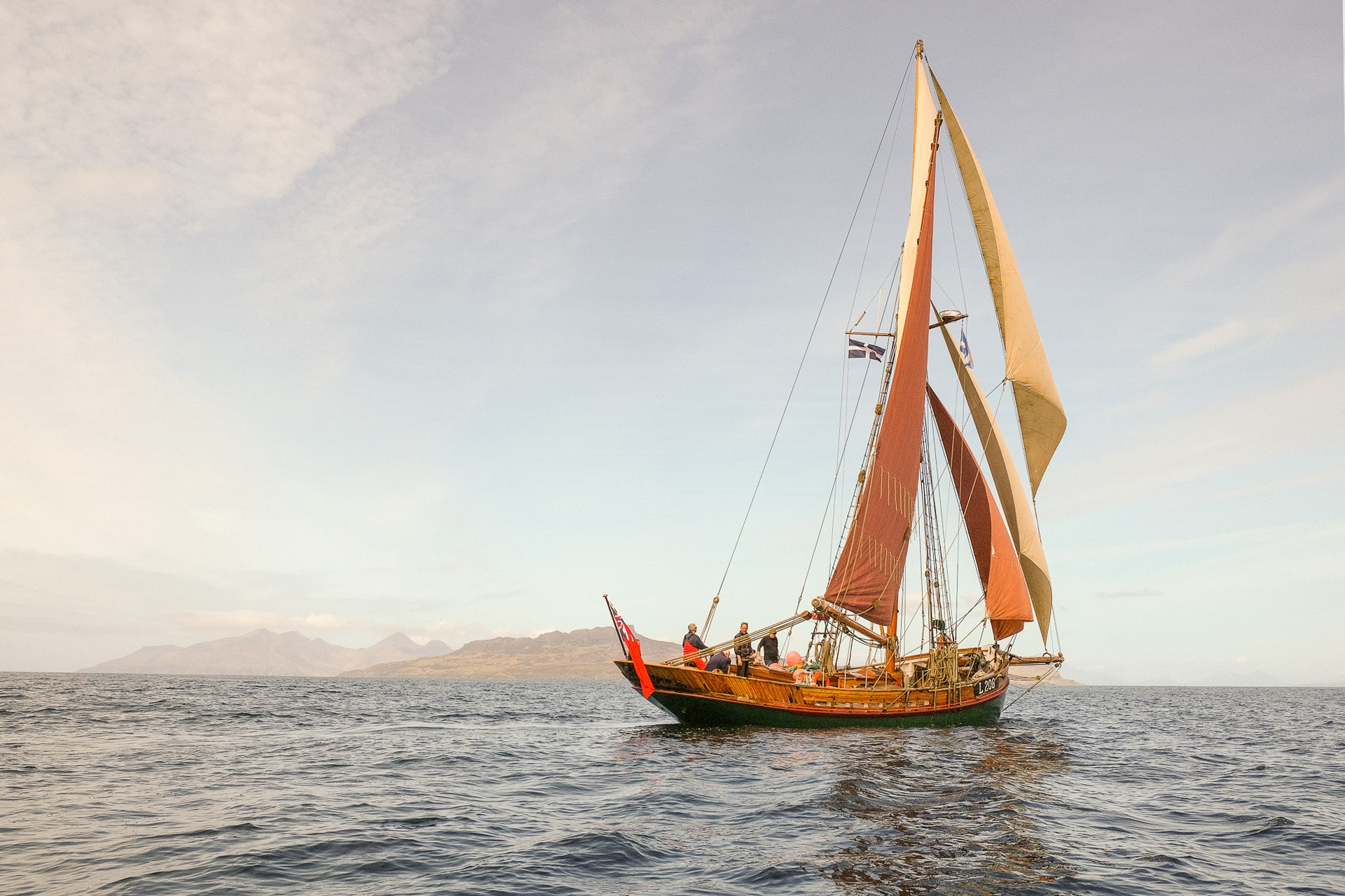 Eda Frandsen sunshine sailing