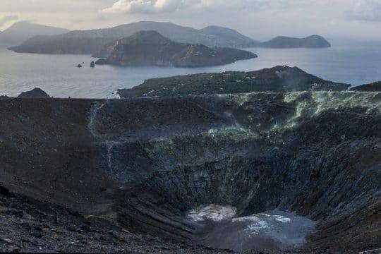Florette aeolian island volcano