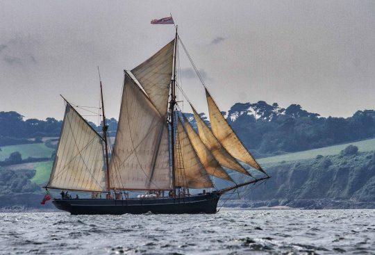 full sails on the bessie ellen