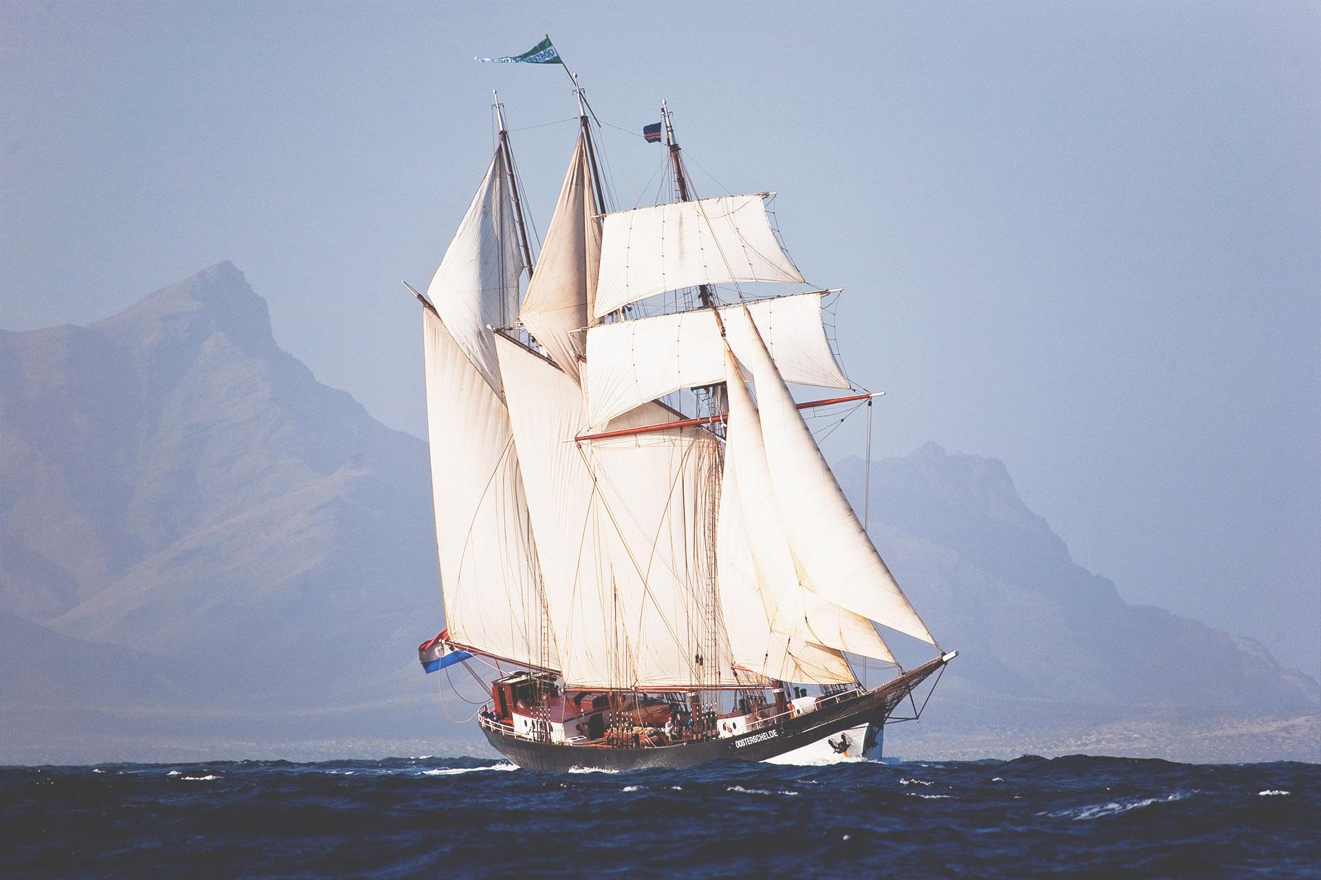 Oosterschelde full bow sailing
