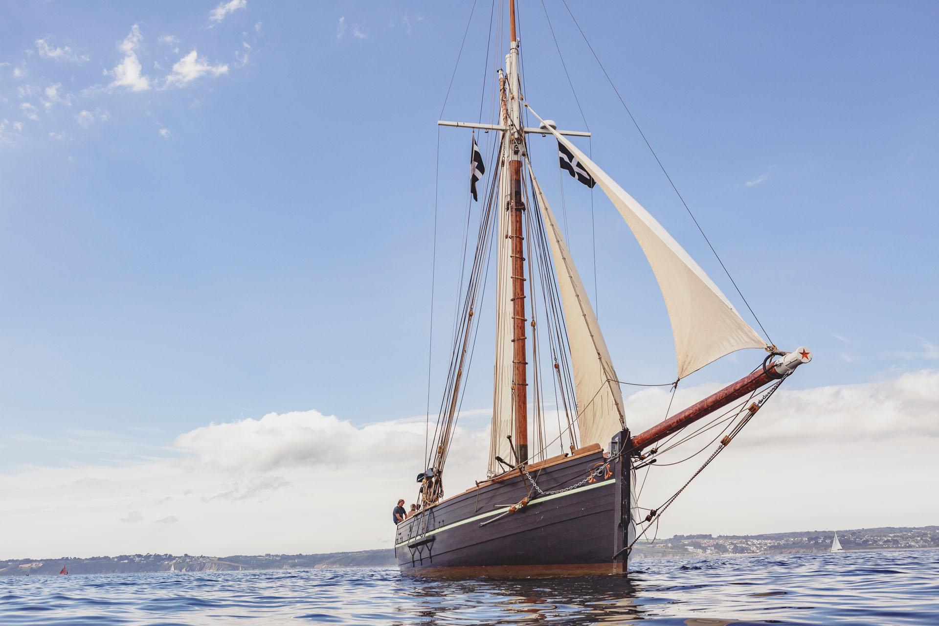 Pellew Bow Sailing