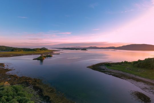 Scotland-Castle-Stalker-Sunset