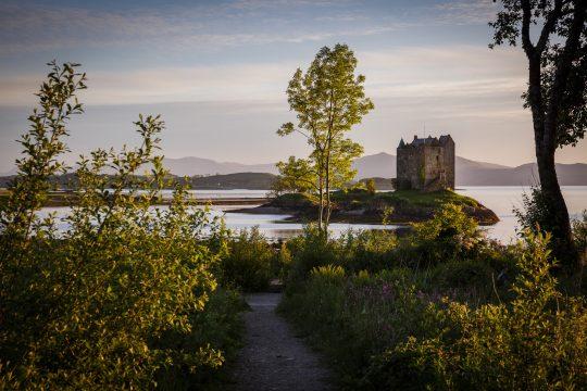 Scotland-Castles-Mountains