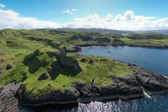 Scotland-Hebrides-Kerrera-Mull-Yacht