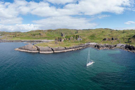 Scotland-Kerrera-Gylen-Castle-Yacht