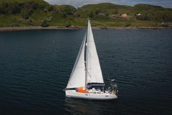 Stravaigin under sail