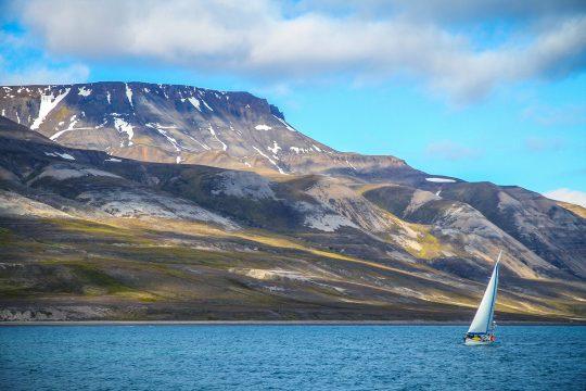 Svalbard Sailing