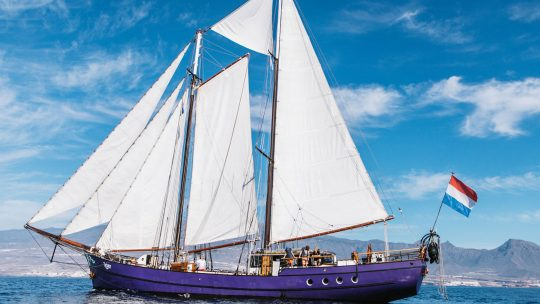 Twister-full-sail-schooner