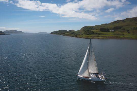 stravaigin sailing hebrides
