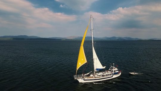 zuza-sailing-hebrides